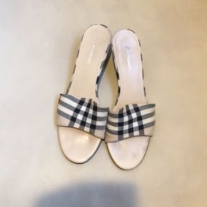 Authentic Burberry kitten heel mule sandals